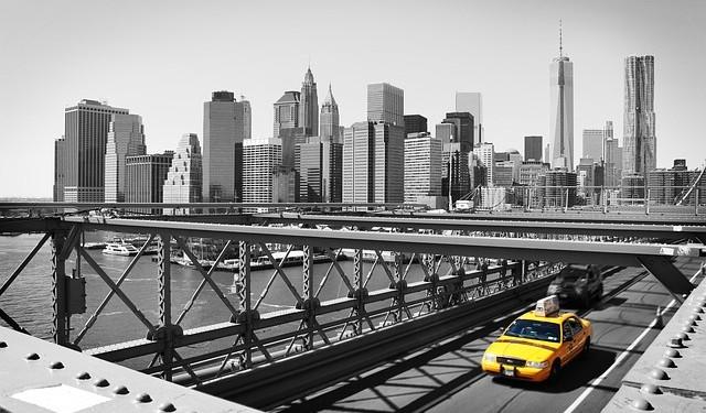 taxi-988364_640